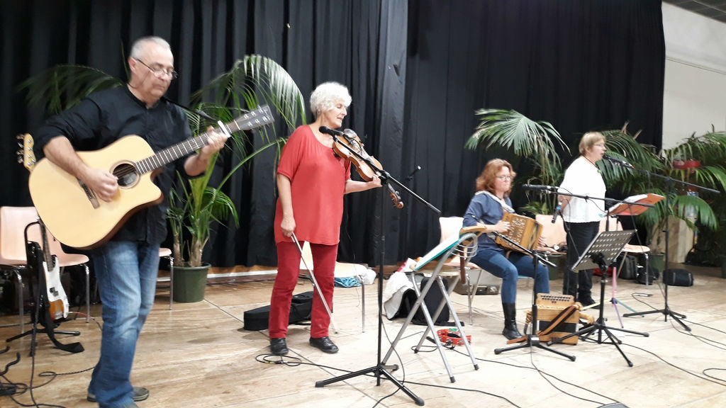 Groupe Folk musique traditionnelle